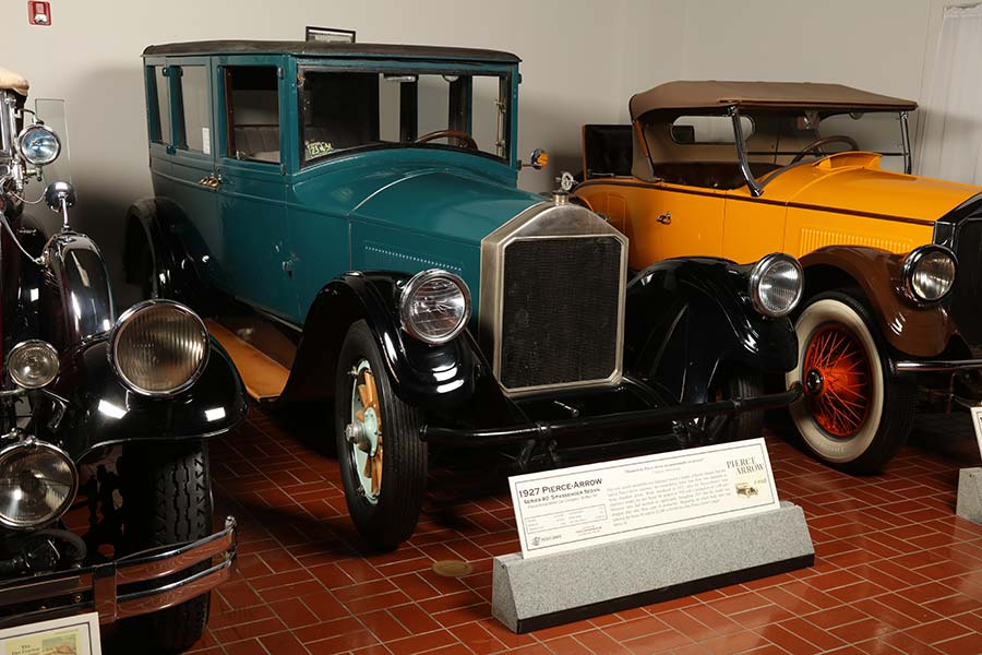 1927 Pierce-Arrow vehicle at museum