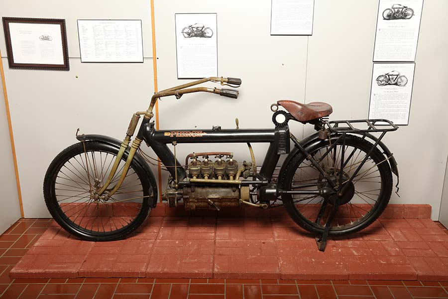 Pierce-Arrow vehicle motorcycle